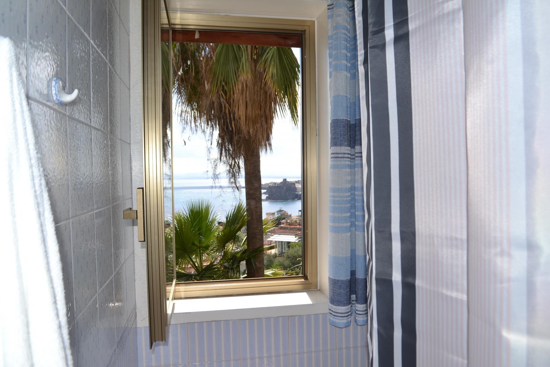 Bagno-vista-mare-foto-1