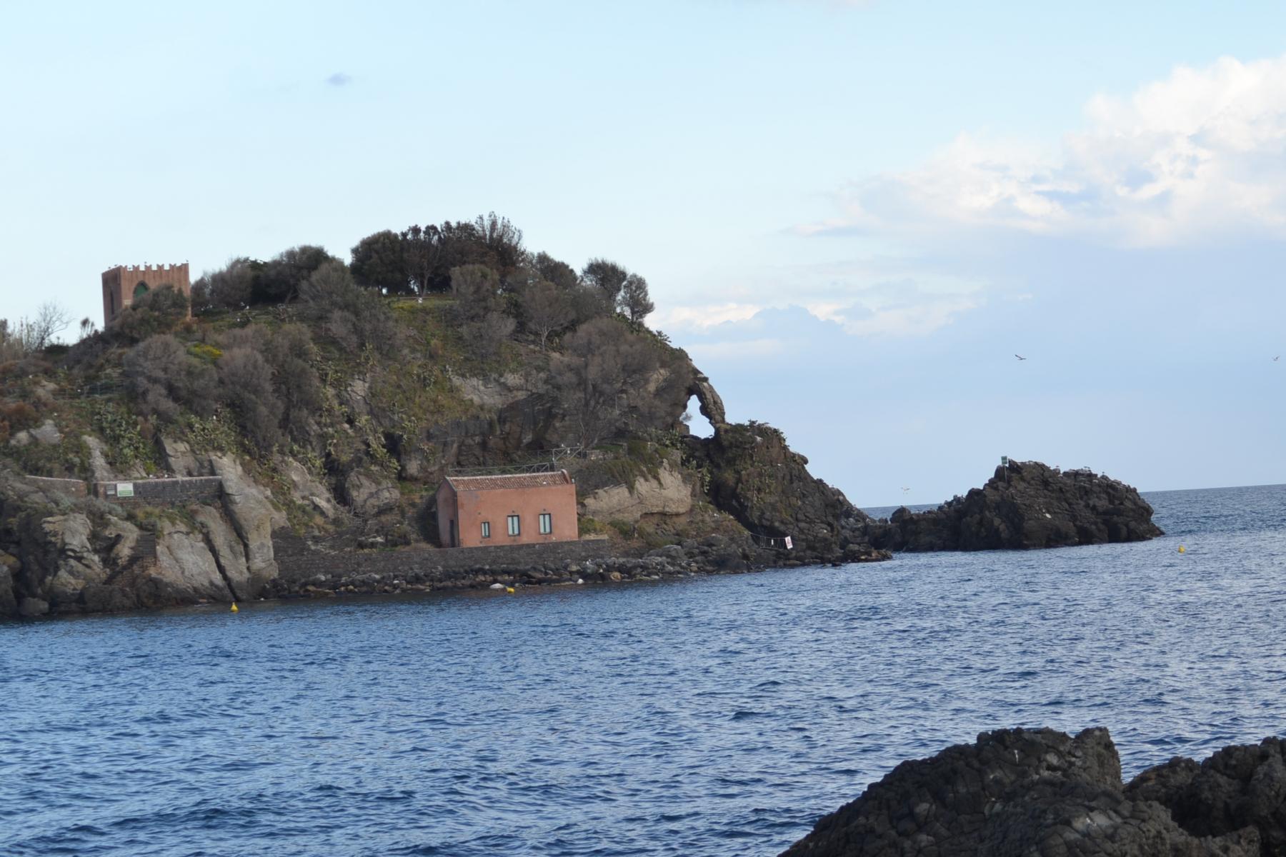 Isola-Lachea